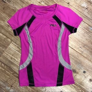 Fila Running Fitness Tee. Extra breathable with
